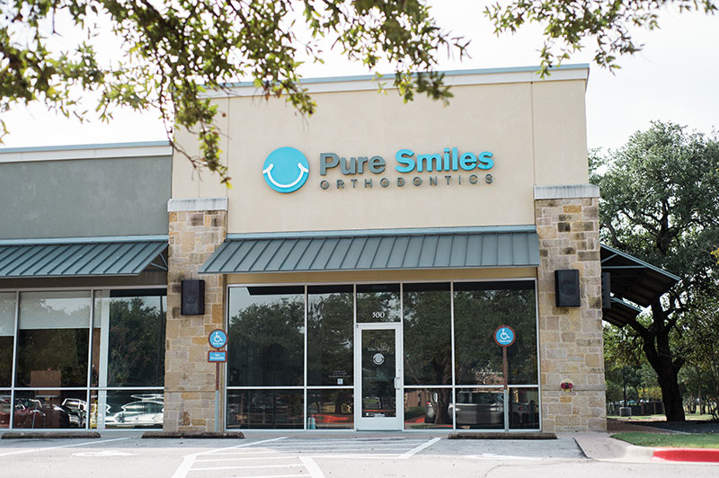 Pure Smiles Orthodontics in Austin Tx - Signage